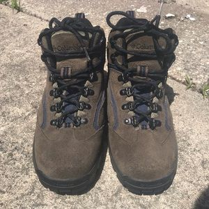 Women's Columbia Hiking Boots